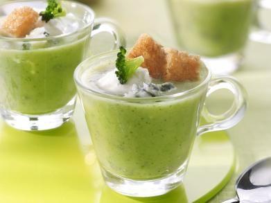 Soepje van broccoli met roquefort