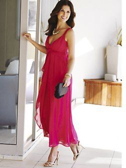Can you wear a chiffon maxi dress to a wedding maxi for Wearing a maxi dress to a wedding