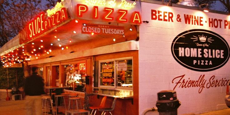 Everyone loves pizza, but kids seem to love it doubly so. And there's one pizza parlor in the country that families love the most.