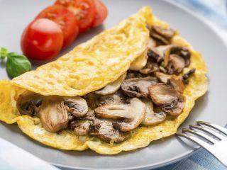 Brunch: Huevos revueltos con champiñones