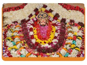 Khatu Shyam Aarti by Rahul Kaushal Astrologer  ----------------------------------------------------  ॐ जय श्री श्याम हरे, प्रभु जय श्री श्याम हरे   निज भक्तन के तुमने, पूरण काम करे   ॐ जय श्री श्याम हरे प्रभु जय श्री श्याम हरे   http://www.pandit.com/khatu-shyam-aarti/
