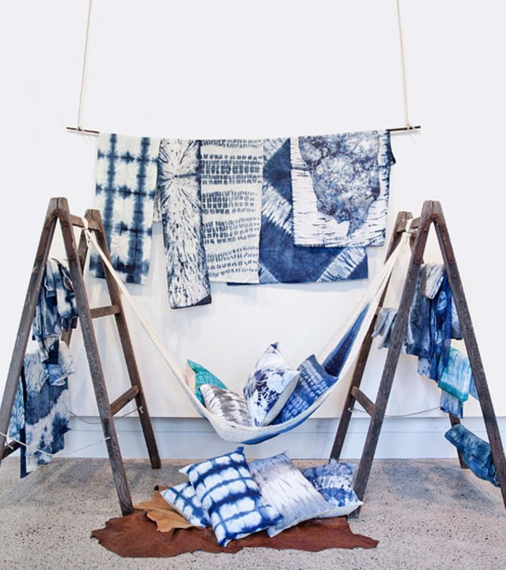 Karen Davis and Pepa Martin, Shibori Installation Display, 2013, Courtesy of Shibori.
