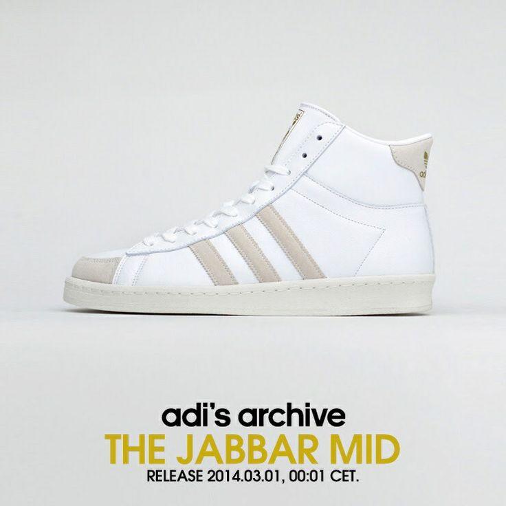 Kareem Abdul Jabbar Tennis Shoe
