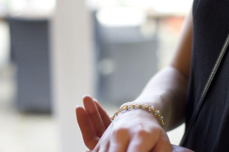 Pink opal færdig viklet kæde. Matriale sterling sølv.