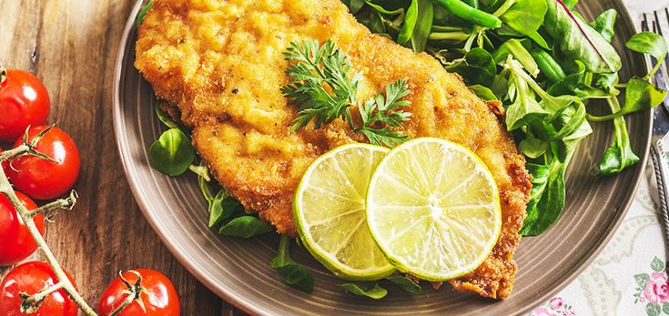 Everyone loves a good old schnitty, and this one cover all your bases - high quality protein from the turkey, a crunchy golden crust, and best of all, it hasn't been drowned in grease.