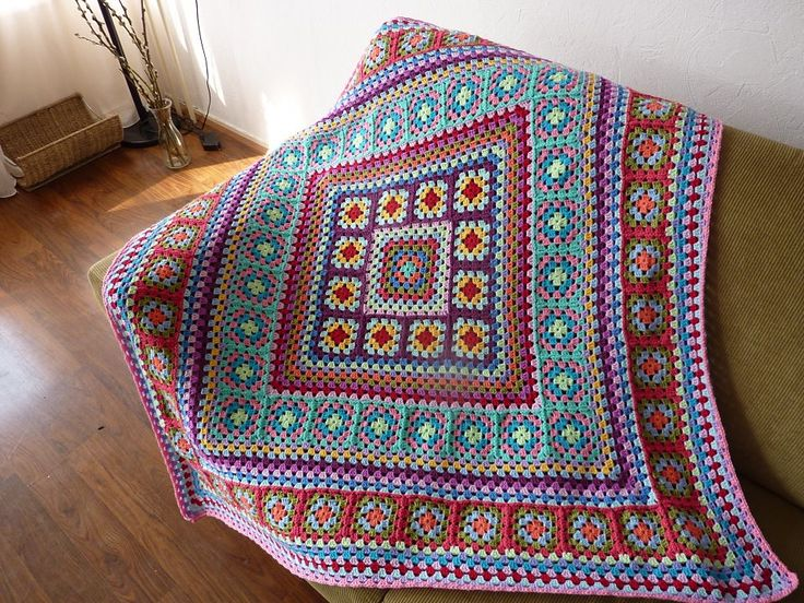 Wendy Blanket by Wendy de Haas crochet pattern $2.00 on Ravelry at http://www.ravelry.com/patterns/library/wendy-blanket