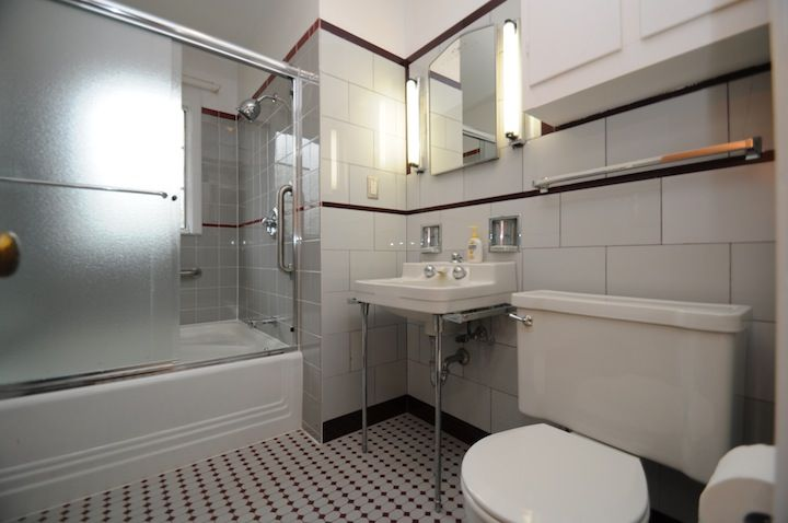 35 Best Images About Midcentury Modern Bathrooms On