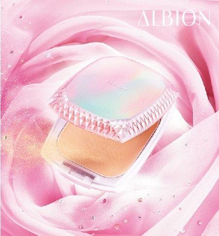 ALBION「潤.雪膚」粉餅 光感進化!春日浪漫上市♡ - 【LOOKin】美人時髦話題網