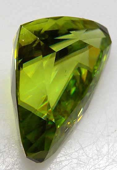 Sphene from Madagascar [db_pics/pics/g22b.jpg]