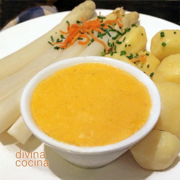 La salsa holandesa tiene fama de ser muy laboriosa, pero siguiendo estas indicaciones te resultará una salsa sencilla y deliciosa.