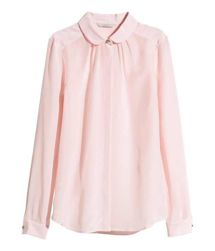 Light pink long-sleeved blouse in mulberry silk, with rounded collar & decorative gathers. | H&M Pastels