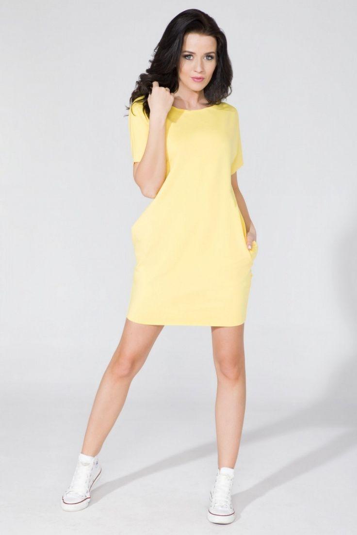 Sukienka Yellow o szerokim fasonie z kieszeniami na biodrach. Dekolt, rękawy oraz dół pozostawiony w stanie surowym. #modadamska #sukienkiletnie #sukienka #suknia #sklepinternetowy #allettante