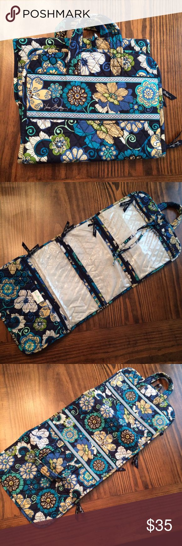 Vera Bradley Travel Hanging Organizer Perfect condition Vera Bradley Hanging Organizer! Great travel bag for your toiletries or even everyday jewelry storage and organization! Vera Bradley Bags Travel Bags