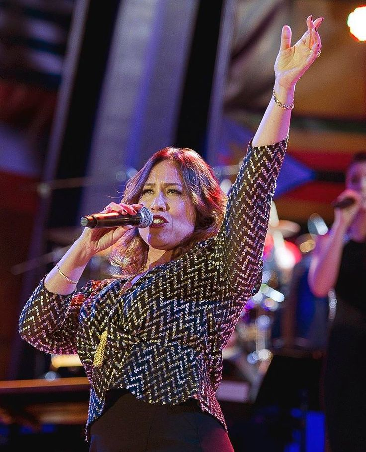 Australian music icon and Freedom Medal winner Kate Ceberano headlined a stirring performance at the IAS Patrons Ball.