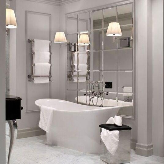 Bevelled Mirror Free Standing Bath Evita Vonni