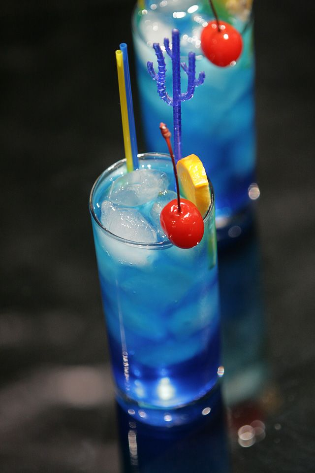 Blue Lagoon (version 3)    45 ml vodka  20 ml blue curacao liqueur  2 tsp. fresh lemon juice  lemon-lime soda  Build. Collins glass. Garnish with orange slice and maraschino cherry.    This version of the Blue Lagoon Cocktail has so sweet and citrus taste. This drink also has great show. It is admirable drink for hot summer days, beach party or club.