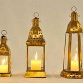 Lanternas marroquinas em metal dourado