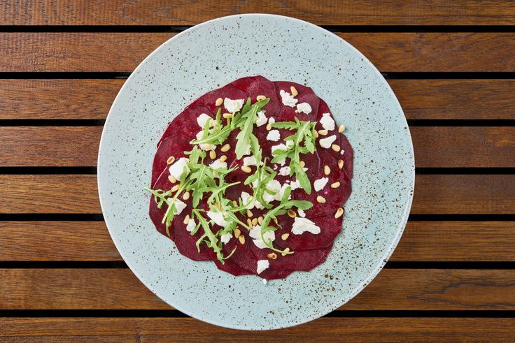 Carpaccio from beetroot