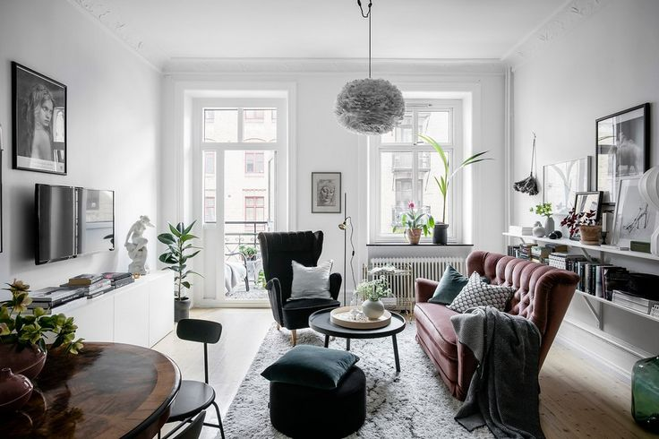 Welcoming Scandinavian Apartment Preserves Historic Charm - http://freshome.com/welcoming-Scandinavian-apartment/