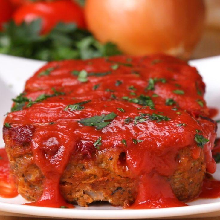 Mozzarella-Stuffed Turkey Meatloaf