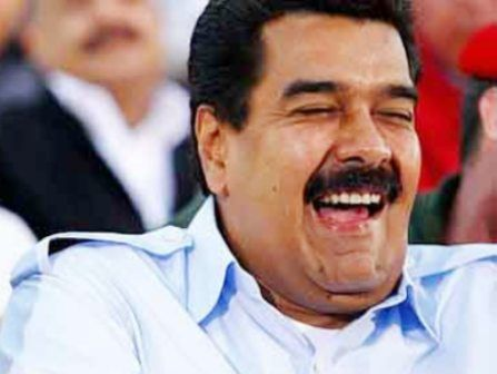 ¡HEY! ¡WACHA!..¿QUE PACHA?: LA PURA CURA agarro...MADURO: ''¡Ja ja ja ja ja ja! ese Pichy Pancho51 esta loco,el buey''. '' 'Iguanas ranas' {estamos igual}'' Pancho51 Said
