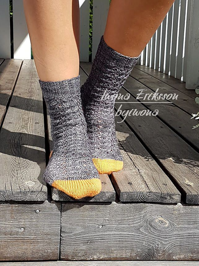 30% Discount Right Now until August 10, 23:59 CET, Coupon code: HALLOWEEN8 This is Halloween socks by Iwona Eriksson