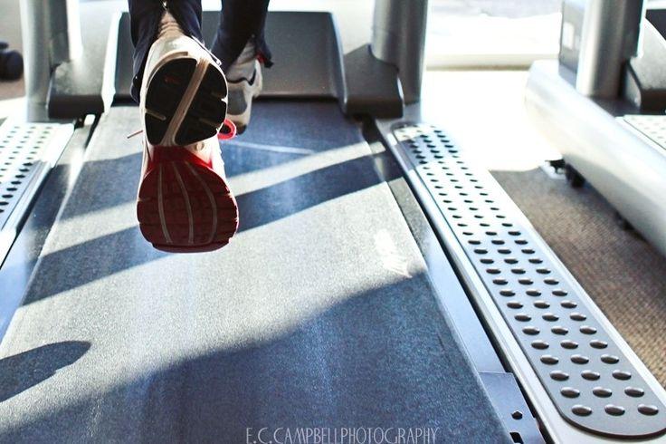 Running on a treadmill Photo - Visual Hunt