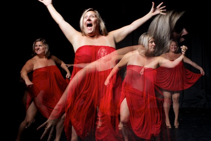 We're Not in Kansas Anymore:  An Exclusive Stargayzing Conversation with Bridget Everett, the Outsider Who is Redefining Cabaret Music for a New Generation