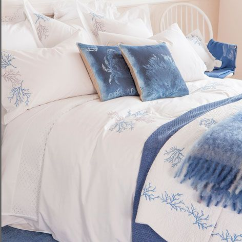 Pretty bedlinen from Zara - have bought most of this! Love it!