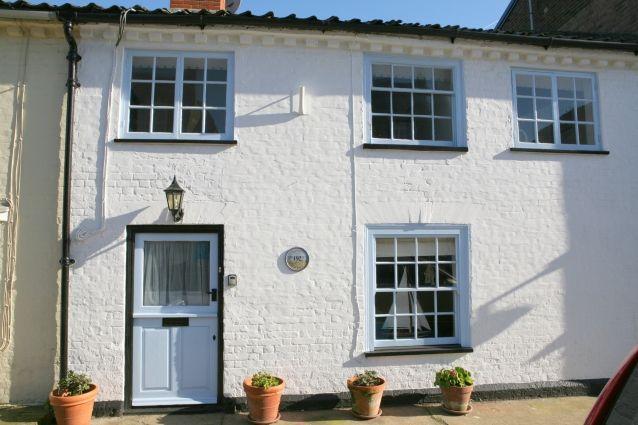 Aldeburgh High Street * Raymond Cottage