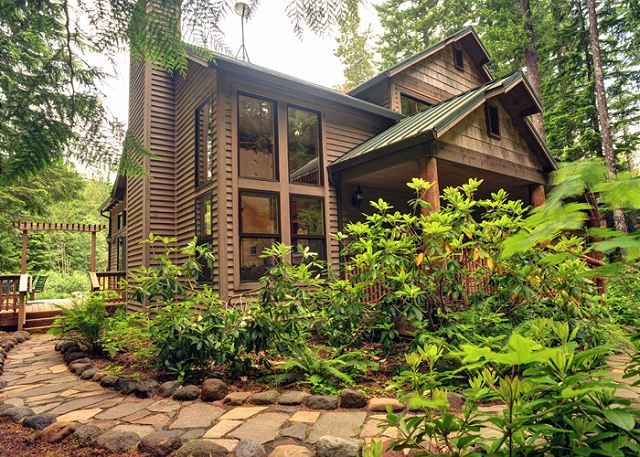 to mt cabin view rentals whispering swipe cabins vacation hood images more woods