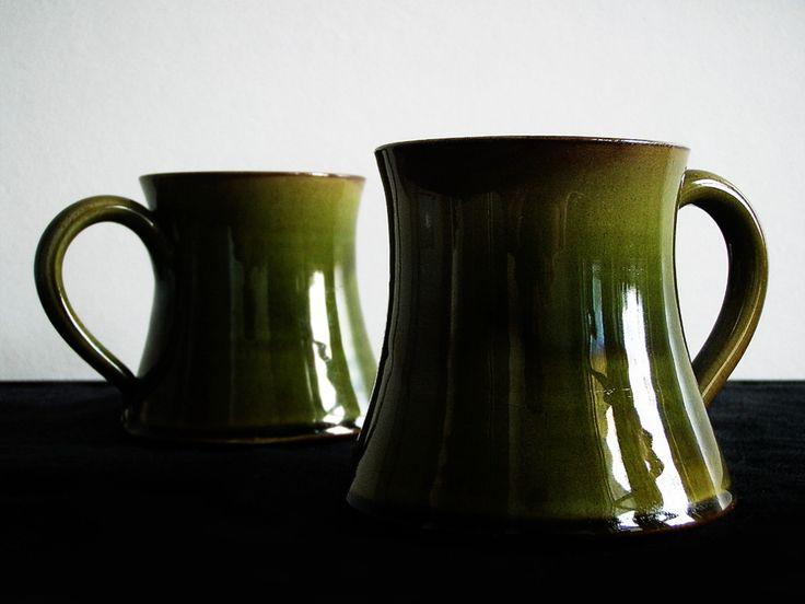 Wetheriggs Penrith / Hand Thrown Pottery / green mug / Kitsch n ware