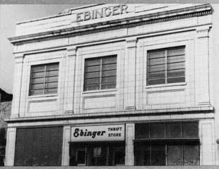 Ebinger's was the great bakery...loved the chocolate butter cream with the almonds on the  side and I remember the green box it came in.