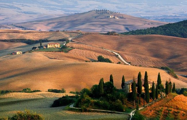 Read our month-by-month guide for tips and information about visiting Italy at any time of the year. #visitingitaly
