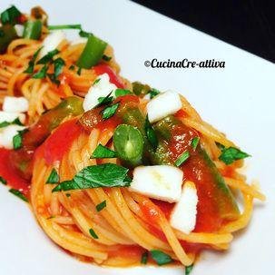 Spaghetti pomodoro, fagiolini e formaggio di capra – Cucina Cre-Attiva