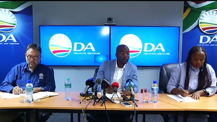 Breaking! Democratic Alliance, EFF, others accepts Cyril Ramaphosa as interim president