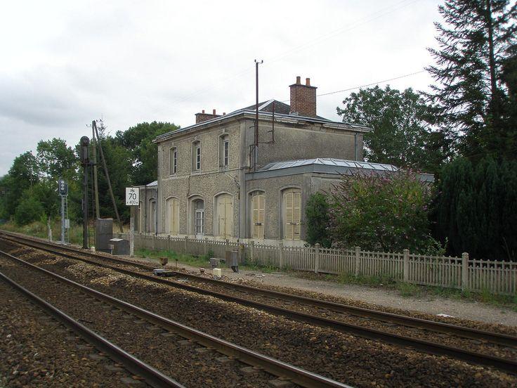 longpre les corps saints l'ancienne gare