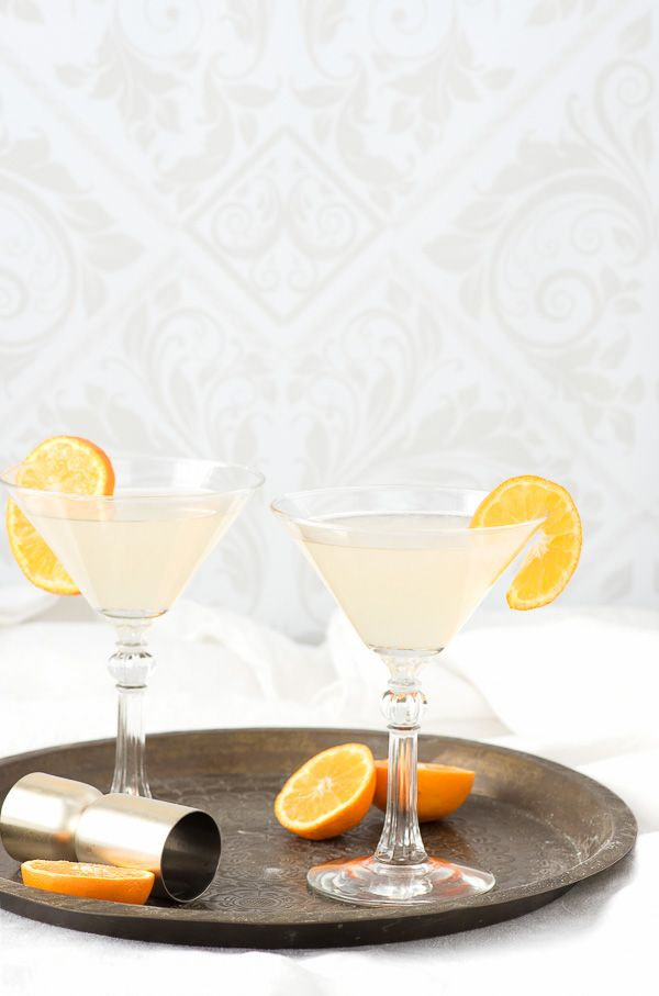 The White Lady cocktail. A dry gin, citrus classic! - BoulderLocavore.com