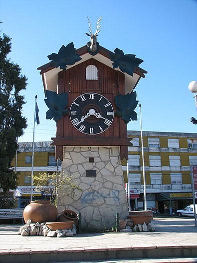 el reloj cucu mas alto del mundo esta en argentina | blog de turismo