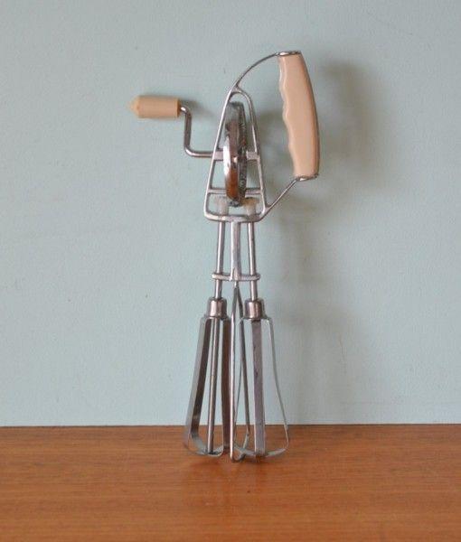 Vintage hand kitchen beater bakelite