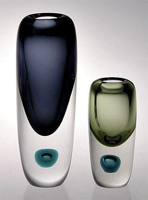 Kupla vases by Saara Hopea (1955)