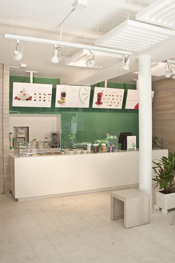 Pércimon Frozen Yogurt by Sofía Mora & María Velásquez, Medellín   Colombia store design