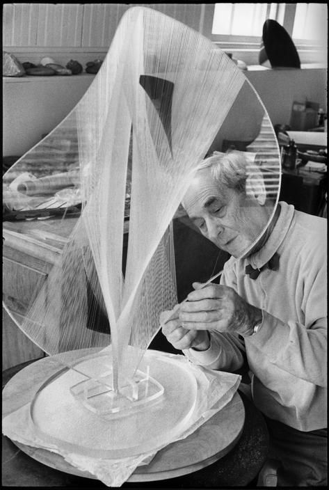 Henri Cartier-Bresson // USA Personalities - US sculptor, Naum GABO. 1968.