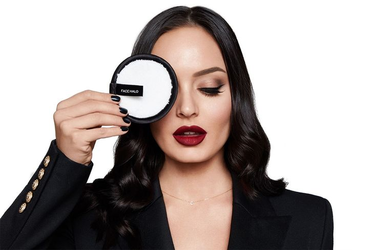 Face Halo is a chemical-free, environmentally- friendly, one-step makeup remover. So it's no suprise it is loved by Australian beauty guru, Chloe Morello.