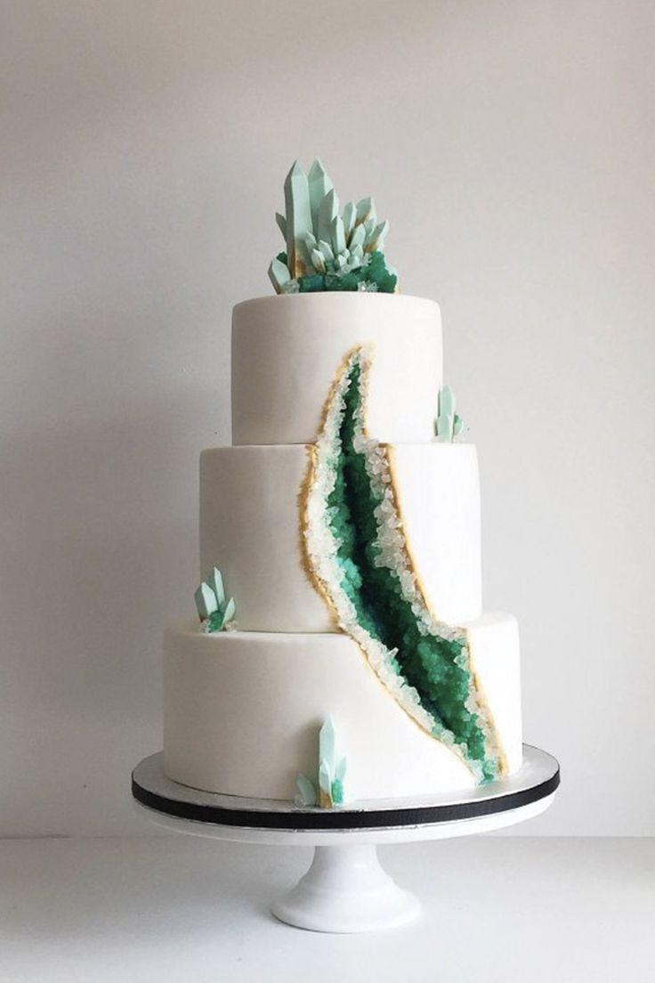 Best 25 modern cakes ideas on pinterest cake art for Amazing wedding cake decoration game