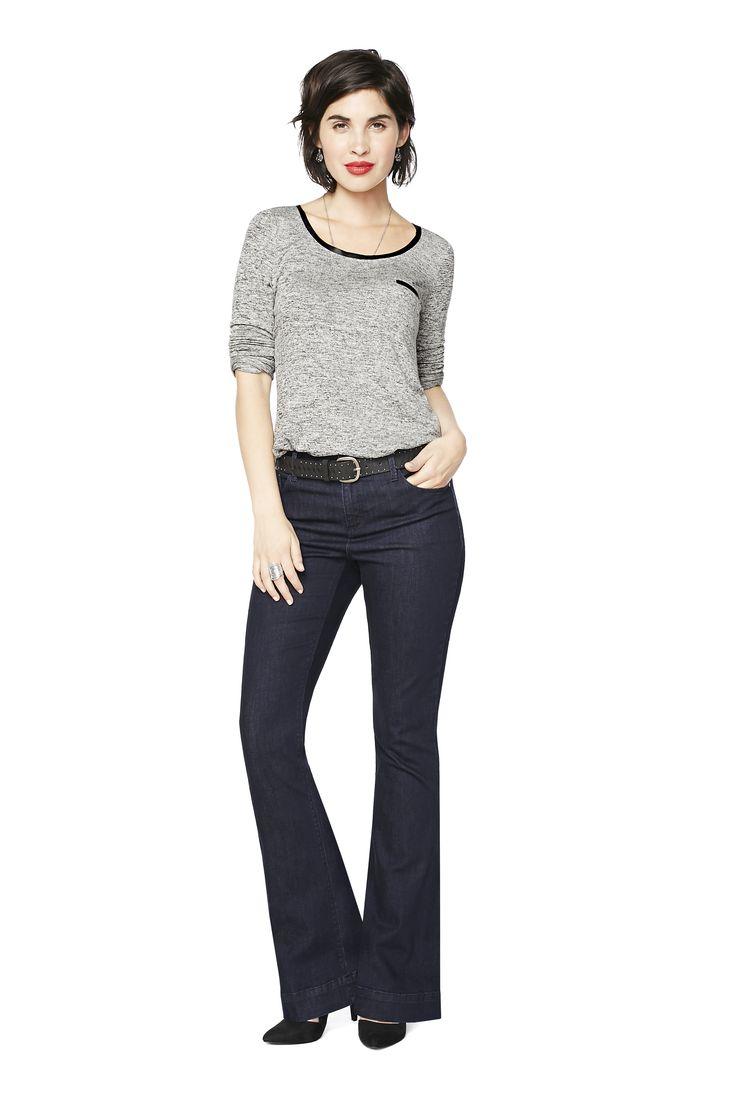 Très évasée: Finis les drames devant le miroir. Ces jeans embrassent vos courbes où il le faut pour finir sur une belle coupe évasée. Faites ressortir le top modèle des années 70 qui sommeille en vous.