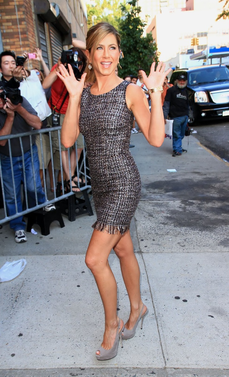 jennifer aniston I love her style every day !