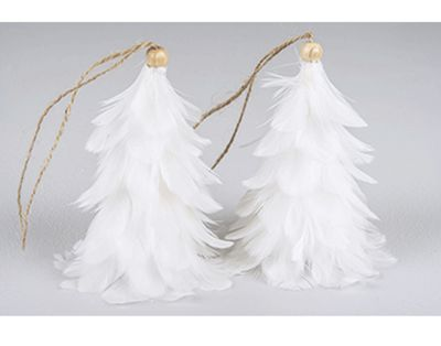Fjädergran i vitt med hänge- 4 pack, 85 kr www.homefeeling.se