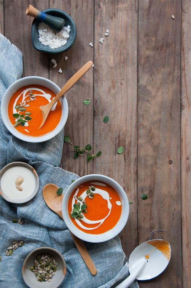 Espacio Culinario: Sopa de Tomates y Pimentones Asados Vegana