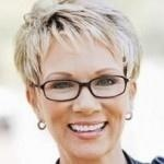 Short haircuts for older women with glasses